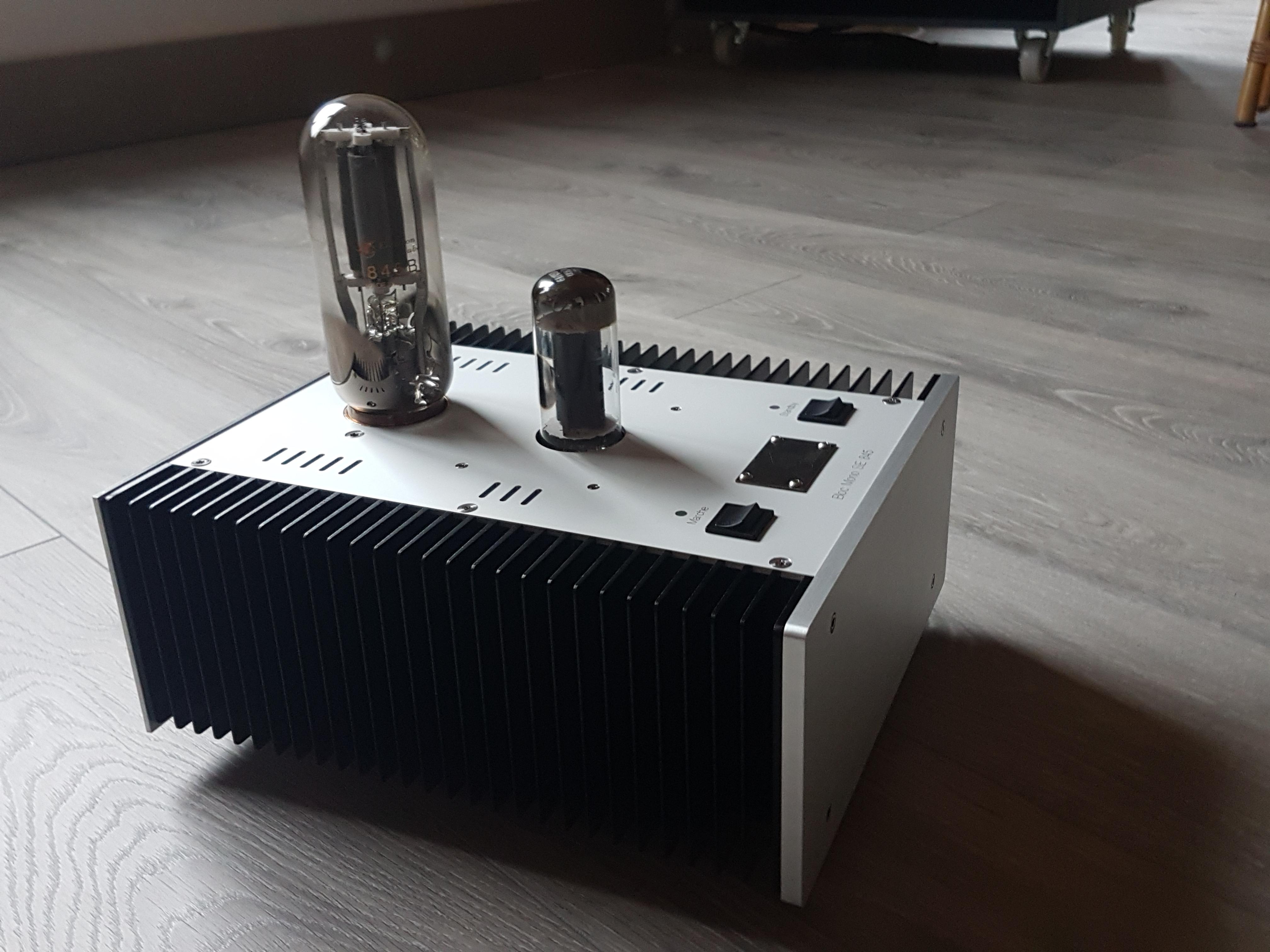 BJL audio écoute d'un amplificateur 845. News%20SE845-03